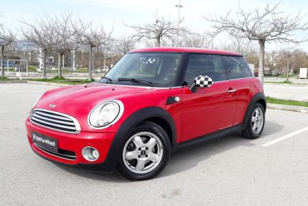 2010 Mini ONE - front-left exterior