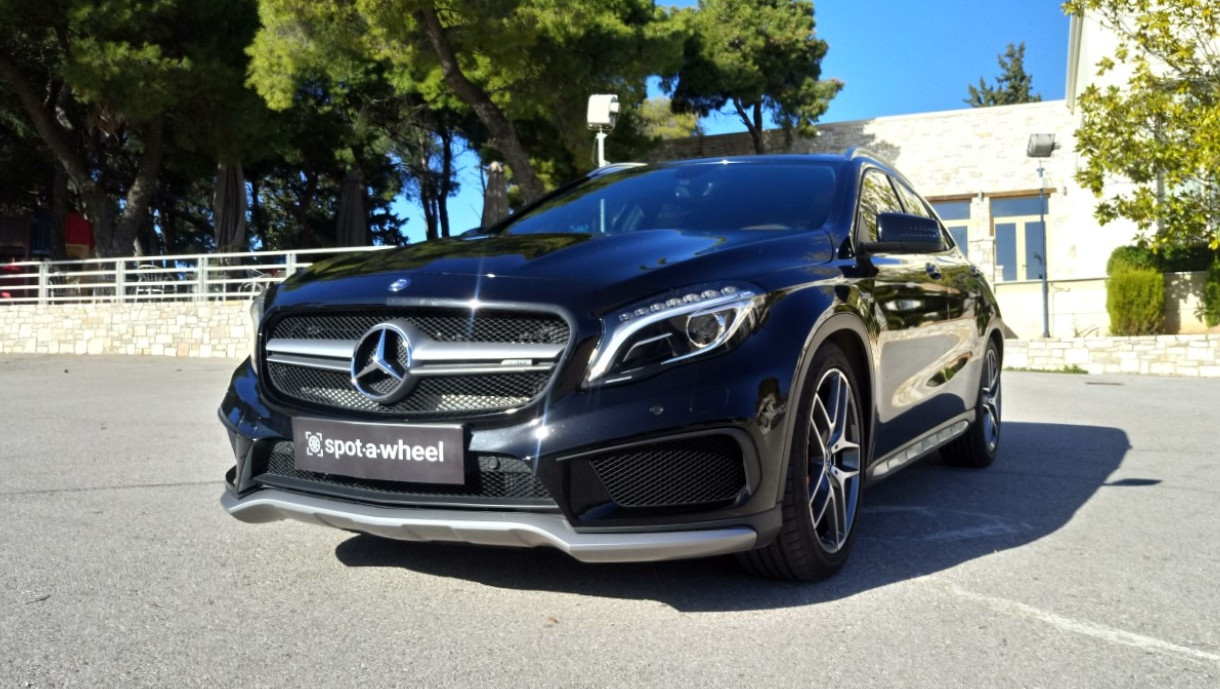 Mercedes-Benz GLA 45AMG 4MATIC  του  2015