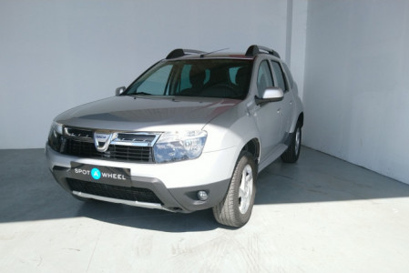 2010 Dacia Duster - front-left exterior