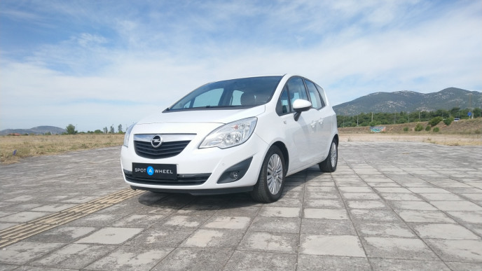 2011 Opel Meriva - front-left exterior