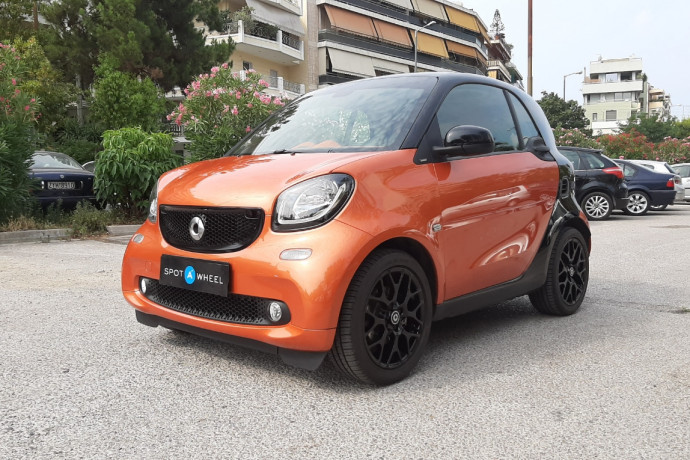 2015 Smart ForTwo - front-left exterior