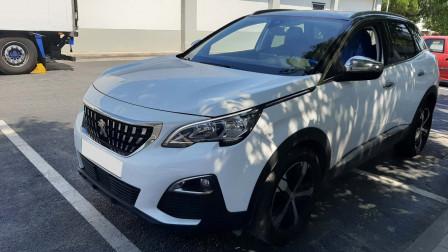 2017 Peugeot 3008 - front-left exterior