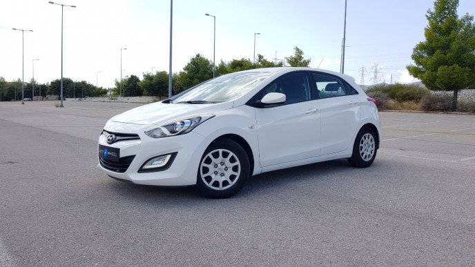 2014 Hyundai i 30 - front-left exterior