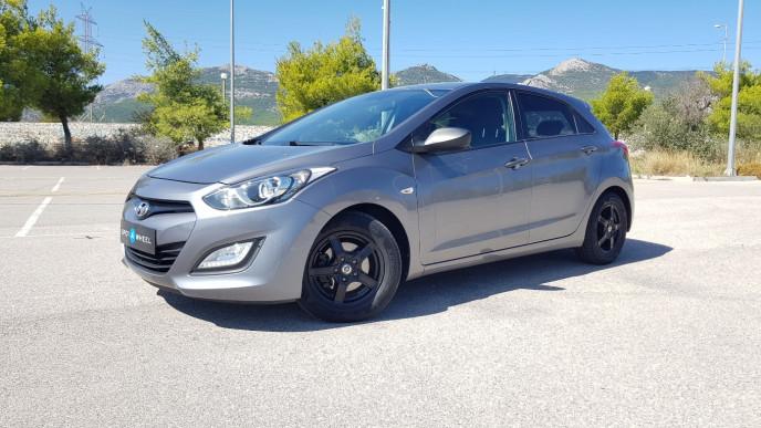 2012 Hyundai i 30 - front-left exterior