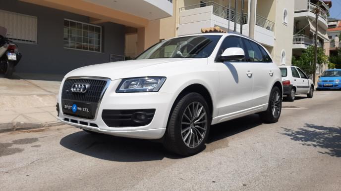 2010 Audi Q5 - front-left exterior