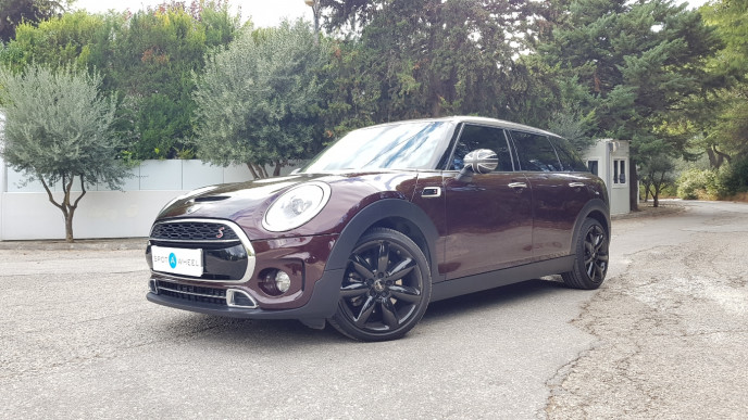 2019 Mini Clubman - front-left exterior