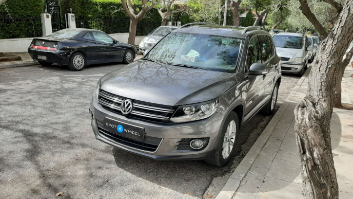 2012 Volkswagen Tiguan - front-left exterior