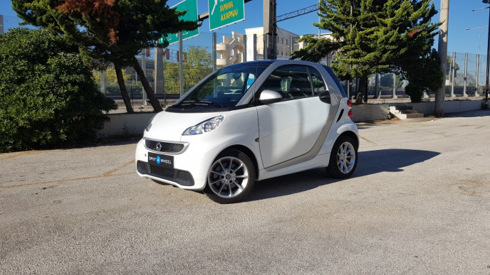 2012 Smart ForTwo - front-left exterior