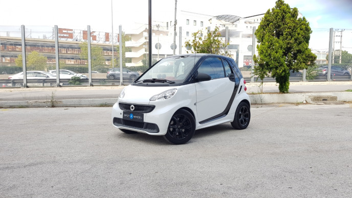 2014 Smart ForTwo - front-left exterior