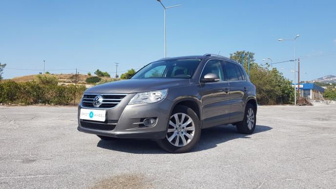 2009 Volkswagen Tiguan - front-left exterior