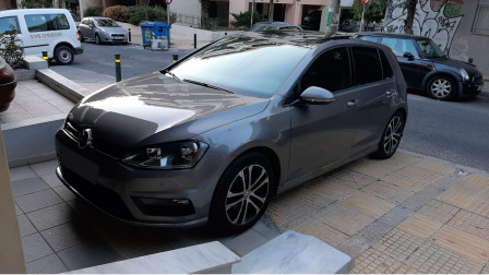 2015 Volkswagen Golf - front-left exterior