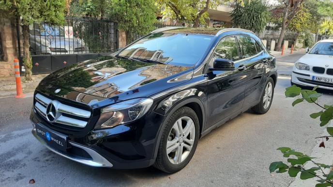 2016 Mercedes-Benz GLA 180d - front-left exterior
