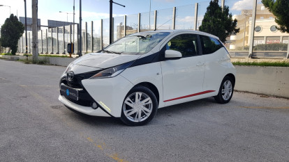 2015 Toyota Aygo - front-left exterior