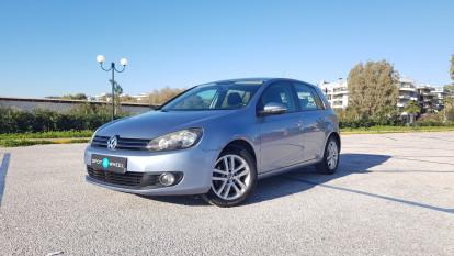 2010 Volkswagen Golf - front-left exterior