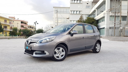 2013 Renault Scenic - front-left