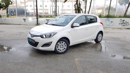 2014 Hyundai i 20 - front-left exterior