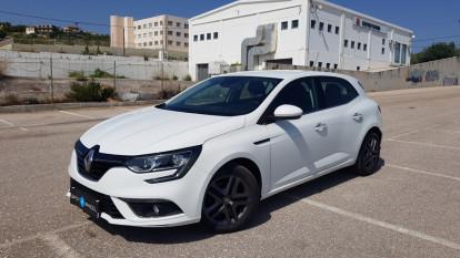 2016 Renault Megane - front-left