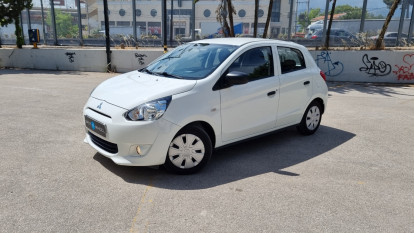 2015 Mitsubishi Space Star - front-left