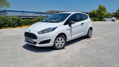 2014 Ford Fiesta - front-left