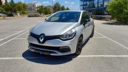 2015 Renault Clio - front-left exterior