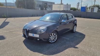 2016 Alfa Romeo Giulietta - front-left exterior