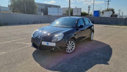 2012 Alfa Romeo Giulietta - front-left exterior