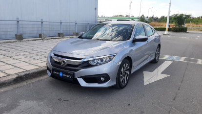 2018 Honda Civic - front-left