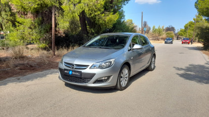 2013 Opel Astra - front-left